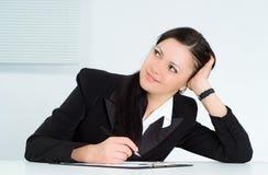 Menina agradável que trabalha no escritório Foto de Stock