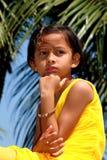 Menina alerta e observador Fotografia de Stock Royalty Free
