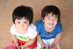 Menina & menino Imagem de Stock
