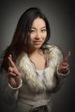 Menina asiática atrativa 20 anos de tiro velho no estúdio Fotos de Stock