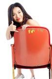 Menina asiática atrativa 20s no fundo do branco do isolado do teatro Fotografia de Stock Royalty Free