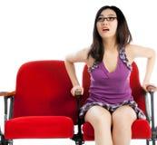 Menina asiática atrativa 20s no fundo do branco do isolado do teatro Fotografia de Stock