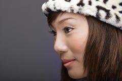Menina asiática bonita no perfil Foto de Stock