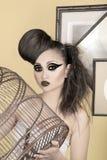 menina com gaiola de pássaro Fotografia de Stock Royalty Free