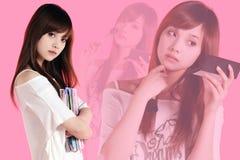 Menina asiática que compo Fotos de Stock Royalty Free