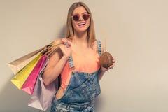 Menina atrativa do verão Imagens de Stock Royalty Free