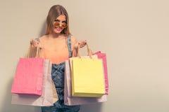 Menina atrativa do verão Imagem de Stock Royalty Free