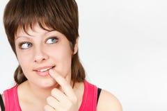 Menina atrativa nova curiosa. retrato do close-up Fotografia de Stock