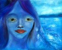 Menina azul e o mar Fotos de Stock