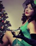 A menina bebe o champanhe retro Imagem de Stock