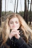 Menina bonita ao ar livre Fotografia de Stock