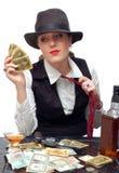 Menina bonita com cartões e injetor de jogo Imagem de Stock