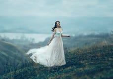 Menina bonita com composição e denominação Fotografia de Stock Royalty Free