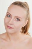 Menina bonita com composição natural Imagens de Stock Royalty Free