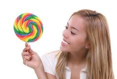 Menina bonita com Lollipop Fotografia de Stock