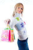 Menina bonita com sacos de compras foto de stock