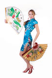 Menina bonita com ventilador japonês Imagens de Stock Royalty Free