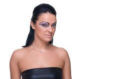 Menina bonita da forma no terno de couro preto Imagem de Stock