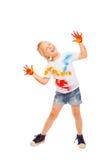 Menina bonita de sorriso na camisa pintada Imagens de Stock
