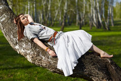 Menina bonita do hippie Fotos de Stock Royalty Free
