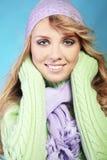 Menina bonita do inverno da forma Fotos de Stock Royalty Free