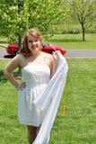 Menina bonita do jovem adolescente pronta para a graduação Imagens de Stock Royalty Free