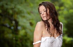 Menina bonita na chuva Imagens de Stock Royalty Free