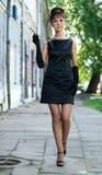Menina bonita na imagem de Audrey Hepburn imagens de stock royalty free