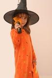Menina bonita no traje da bruxa Fotos de Stock