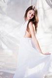 Menina bonita no vestido branco imagens de stock royalty free