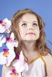 Menina bonita no vestido da deusa Fotos de Stock