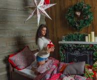 Menina bonita, Noite de Natal, apenas fotografia de stock