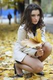 Menina bonita nova com expressão positiva Imagens de Stock