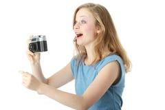 Menina bonita que faz a foto Imagens de Stock Royalty Free