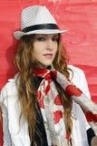 Menina bonita que sorri com chapéu Foto de Stock Royalty Free