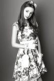 Menina bonito adolescente com o cabelo longo que levanta o retrato da natureza do estúdio Rebecca 36 Fotografia de Stock