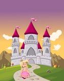 Menina bonito da princesa dos desenhos animados na frente de um castelo Fotografia de Stock