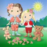 Menina bonito dos desenhos animados com o urso e o coelho de peluche dos brinquedos Imagem de Stock Royalty Free