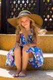 Menina bonito na praia Imagem de Stock