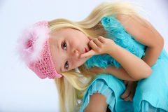 Menina bonito no vestido de partido Fotografia de Stock