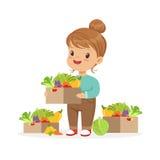Menina bonito que guarda a cesta com vegetais, do conceito saudável do alimento das crianças ilustração colorida do vetor ilustração royalty free