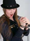 A menina canta Foto de Stock Royalty Free