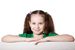 Menina caucasiano bonito com placa vazia Fotografia de Stock