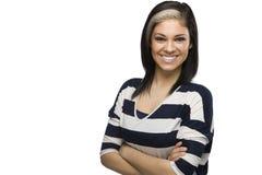 Menina caucasiano de sorriso com os braços cruzados Imagens de Stock Royalty Free