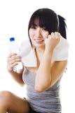 Menina chinesa após um exercício. foto de stock royalty free