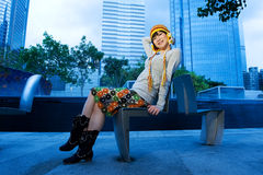 Menina chinesa engraçada ao ar livre Imagens de Stock