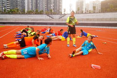 Menina chinesa no treinamento Fotografia de Stock Royalty Free