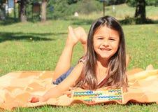 Menina com ábaco imagens de stock