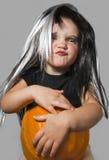 Menina com abóbora Foto de Stock Royalty Free