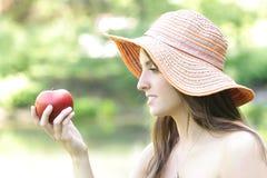 Menina com Apple Foto de Stock